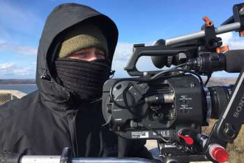 Frosty: well wrapped up on the observation tower (Eagle's Nest): cameraman Marc Nordbruch. © NOW Collective / Nico Weber.